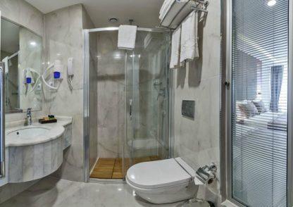 Samsun Apart Pansiyon oteller günlük kiralık ev misafirhaneleri banyo wc